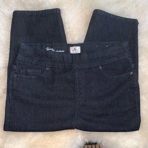 Dark Wash D/C Jeans Capri - Sz 14